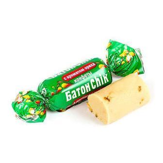 БатонChik з ароматом горіха кг