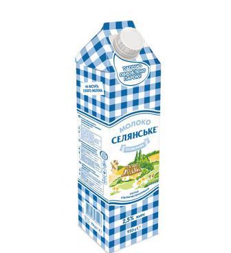 Молоко питне Селянське 2,5% Люстдорф 950г