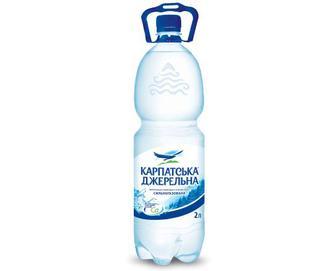Вода мінеральна «Карпатська Джерельна» сильногазована, 2л